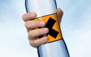 Critique des eaux minérales : faut-il en boire ?